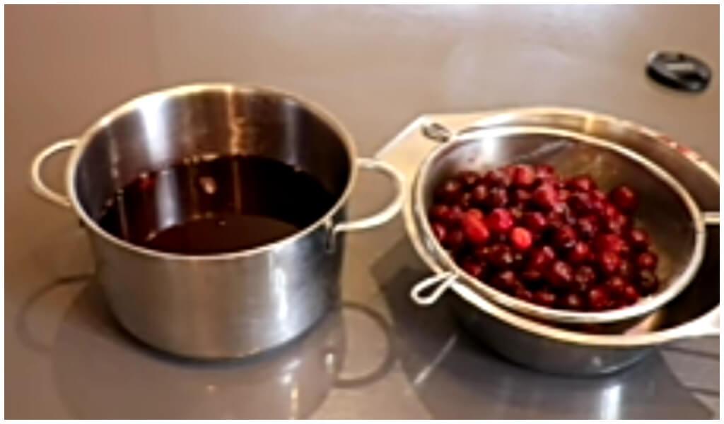 vishnevoe-varene-s-kostochkami